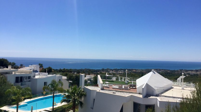 Marbella - an unparalleled seaside holiday destination - image 1-835x467 on https://www.laconchaliving.com