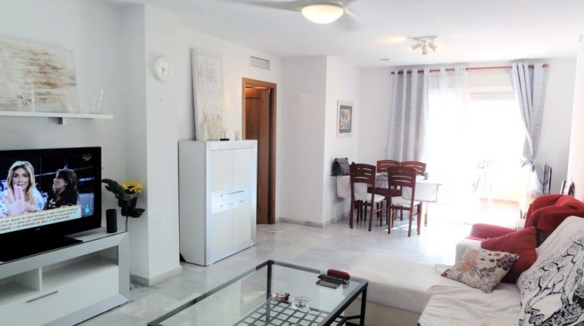 Apartment for rent in Marbella (Elviria) - image 04-835x467 on https://www.laconchaliving.com