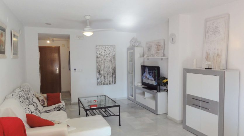 Apartment for rent in Marbella (Elviria) - image 05-835x467 on https://www.laconchaliving.com
