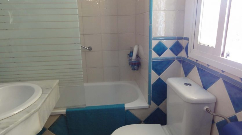 Apartment for rent in Marbella (Elviria) - image 09-835x467 on https://www.laconchaliving.com