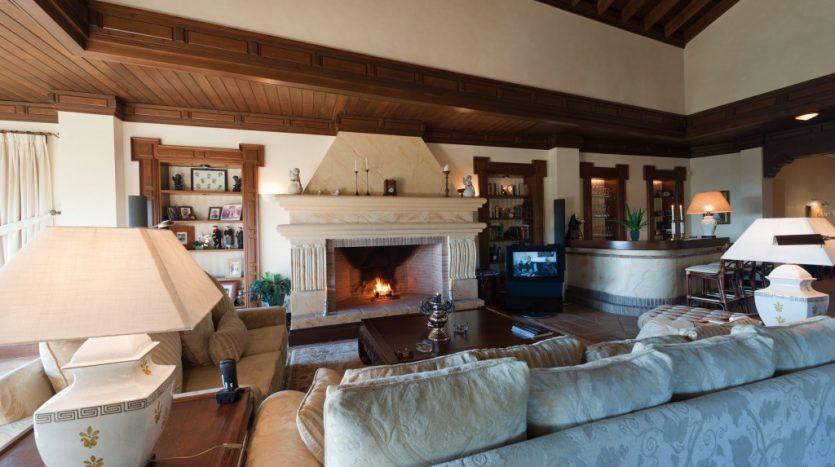 Rustic villa in La Zagaleta - image 11-3-835x467 on https://www.laconchaliving.com