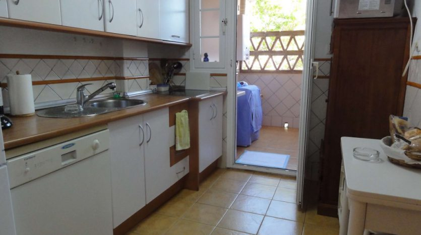 Apartment for rent in Marbella (Elviria) - image 12-1-1-835x467 on https://www.laconchaliving.com