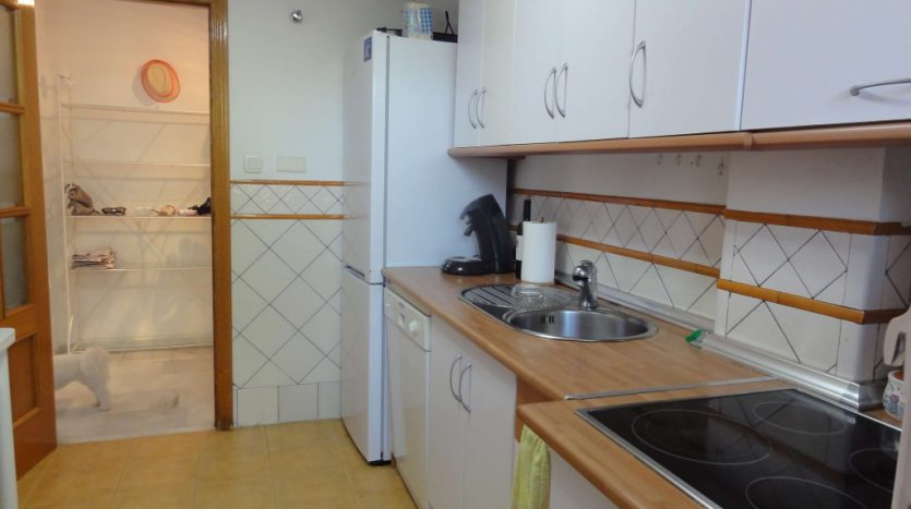 Apartment for rent in Marbella (Elviria) - image 13-1-1-835x467 on https://www.laconchaliving.com