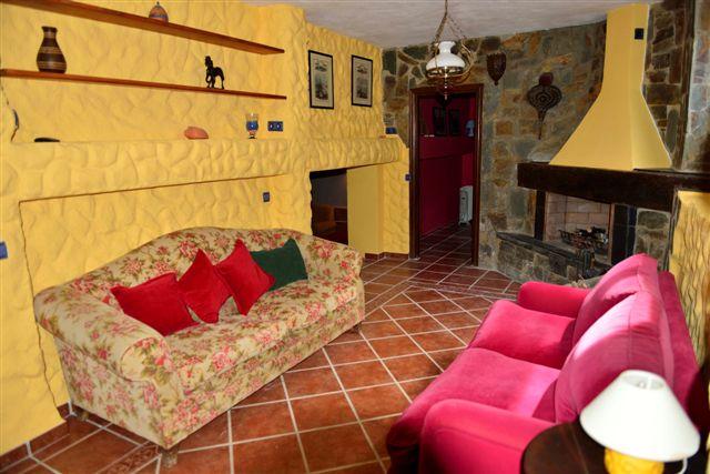Villa in Nueva Andalucia - image 13-6 on https://www.laconchaliving.com
