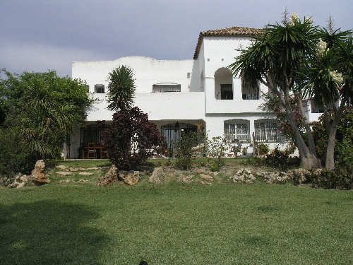 Villa in Estepona - image 14-4 on https://www.laconchaliving.com