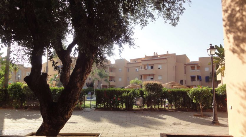 Apartment for rent in Marbella (Elviria) - image 15-1-835x467 on https://www.laconchaliving.com