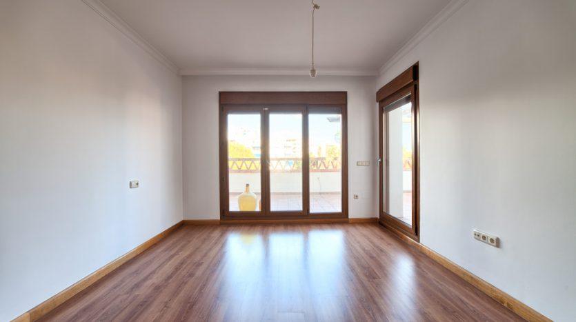Semi detached villa in Marbella centre - image 15-bedroom-835x467 on https://www.laconchaliving.com