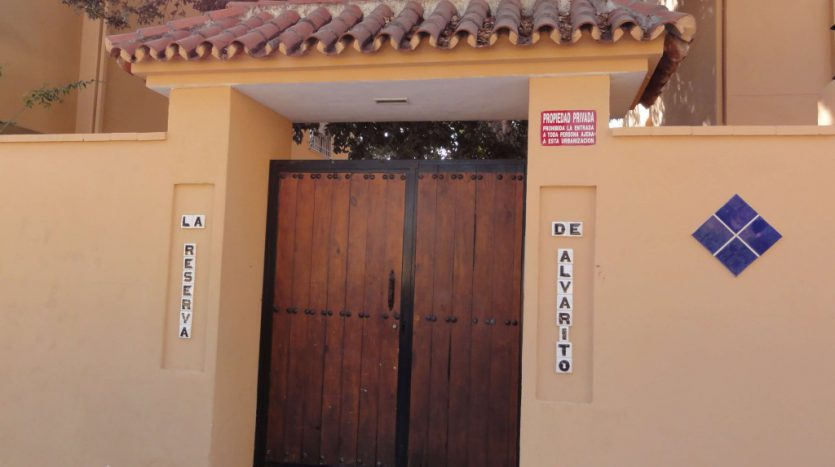 Apartment for rent in Marbella (Elviria) - image 16-835x467 on https://www.laconchaliving.com