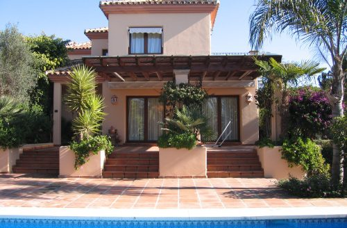 Beachside apartment Lunamar Marbella East - image 193-500x328 on https://www.laconchaliving.com