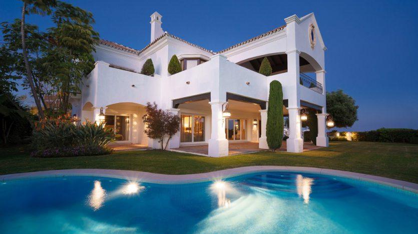 Villa Capanes, La Alqueria golf - image 2-Villa-Capanes-Alqueria-835x467 on https://www.laconchaliving.com