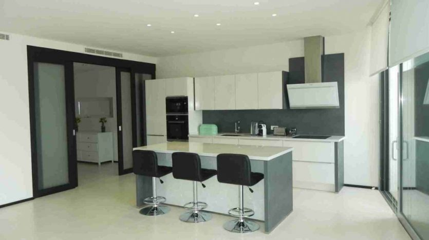 Long term rent at prestigious Sierra Blanca - image 4-1-835x467 on https://www.laconchaliving.com