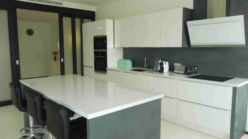 Long term rent at prestigious Sierra Blanca - image 4b-835x467 on https://www.laconchaliving.com