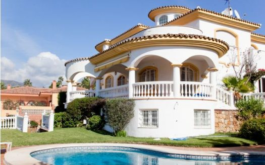Benalmadena three bedroom apartment - image 51-525x328 on https://www.laconchaliving.com