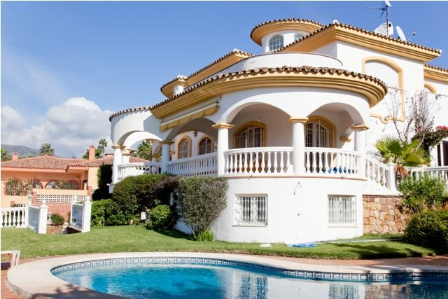 Villa in Benalmadena - image 51 on https://www.laconchaliving.com