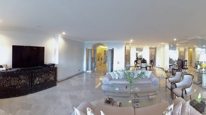 Apartamento de lujo en Grey'dAlbion, Puerto Banús - image 6-Grey-dAlbion-835x467 on https://www.laconchaliving.com