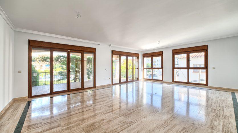 Semi detached villa in Marbella centre - image 7-living-area-835x467 on https://www.laconchaliving.com