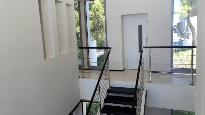 Long term rent at prestigious Sierra Blanca - image 8-1-835x467 on https://www.laconchaliving.com