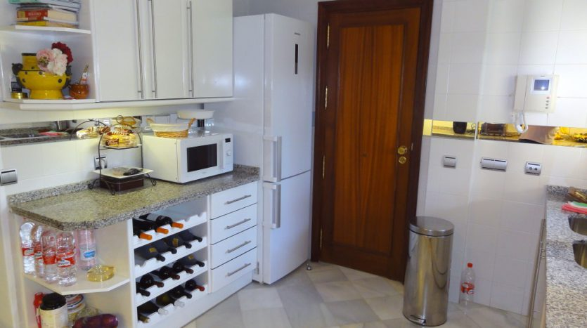 Apartamento de lujo en Grey'dAlbion, Puerto Banús - image 9-Grey-dAlbion-835x467 on https://www.laconchaliving.com
