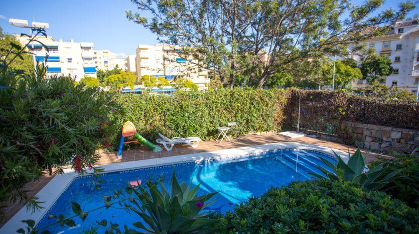Semi detached villa in Marbella centre - image 9-Private-pool-835x467 on https://www.laconchaliving.com