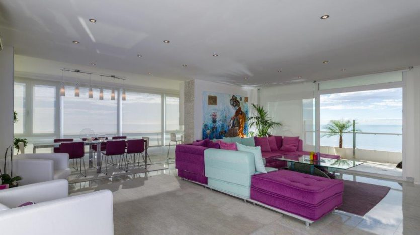Luxury Apartment in Torre Real Marbella - image CMC9481-835x467 on https://www.laconchaliving.com