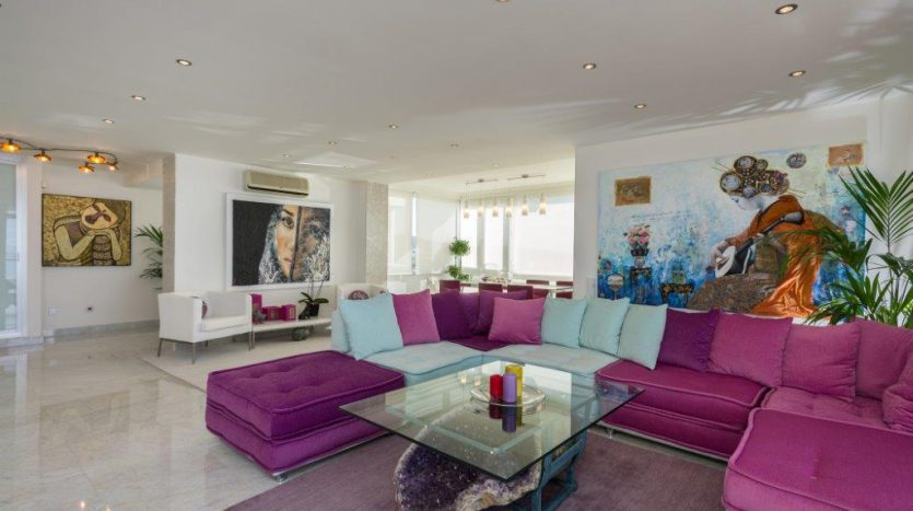 Luxury Apartment in Torre Real Marbella - image CMC9494-835x467 on https://www.laconchaliving.com