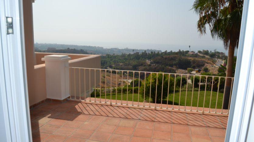 Villa, New Golden Mile - image DSC_0864-835x467 on https://www.laconchaliving.com
