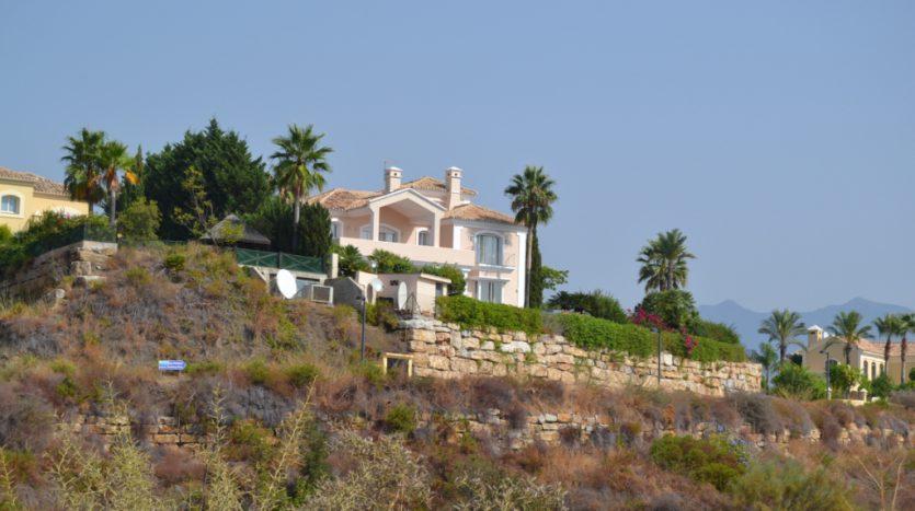 Villa, New Golden Mile - image DSC_0919-835x467 on https://www.laconchaliving.com