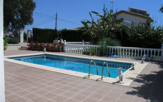 Single-level villa Guadalmina Alta - image Guadalmina-Alta-015-525x328 on https://www.laconchaliving.com