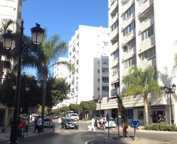 Commercial Property for sale in Marbella - image IMG_7962-1-576x467 on https://www.laconchaliving.com