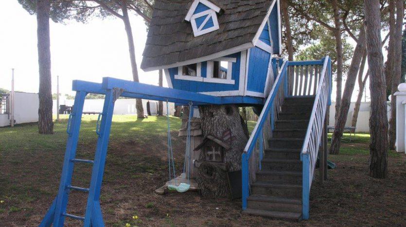 Роскошная вилла в Кабопино - image Luxury-modern-beachside-Villa-for-sale-in-Cabopino-19-835x467 on https://www.laconchaliving.com