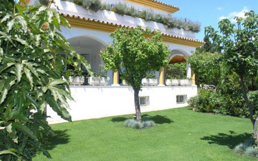 Single-level villa Guadalmina Alta - image MAIN2-525x328 on https://www.laconchaliving.com