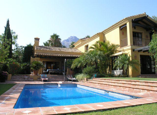 Villa in Sierra Blanca - image Main137-640x467 on https://www.laconchaliving.com