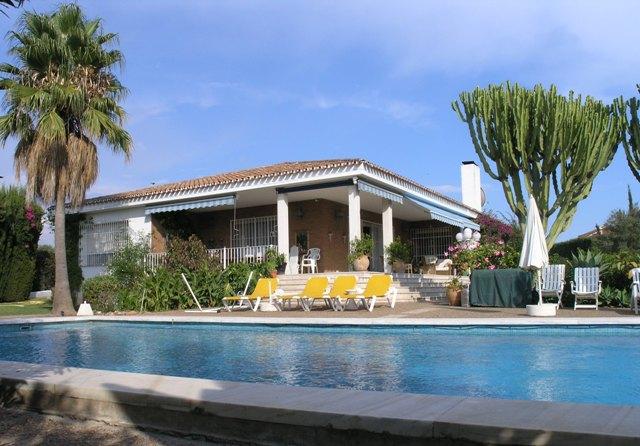 Villa in Marbella - image Main178 on https://www.laconchaliving.com