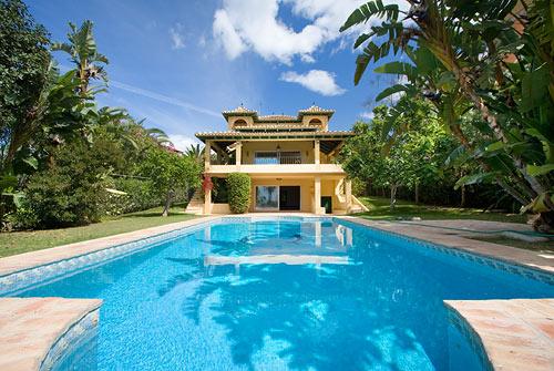 Villa in Nueva Andalucia - image Main181 on https://www.laconchaliving.com
