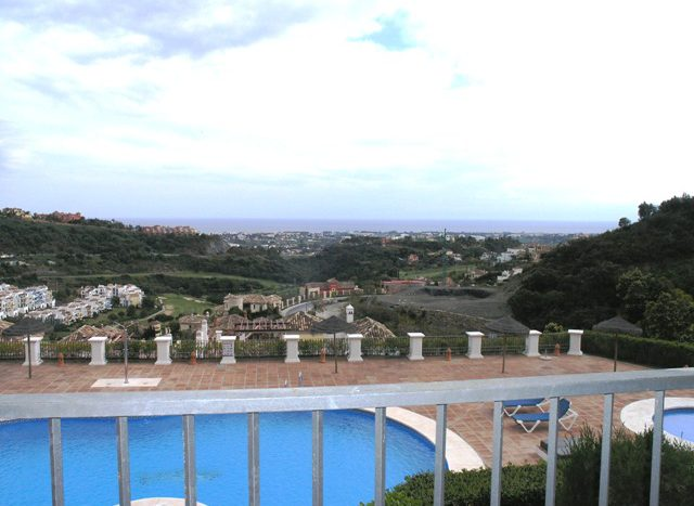 Apartment in Los Arqueros Golf with sea views - image Main93-640x467 on https://www.laconchaliving.com
