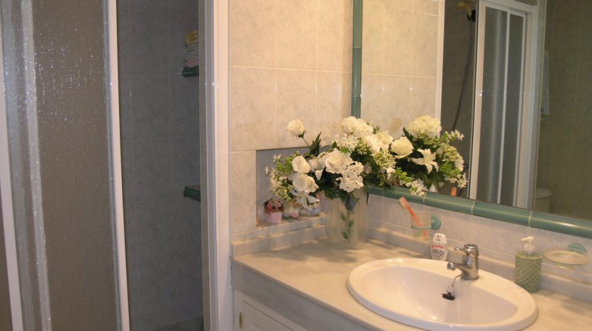 Apartment in Marbella - image P4013028-835x467 on https://www.laconchaliving.com