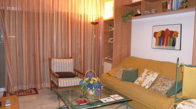Apartment in Marbella - image P4013033-835x467 on https://www.laconchaliving.com