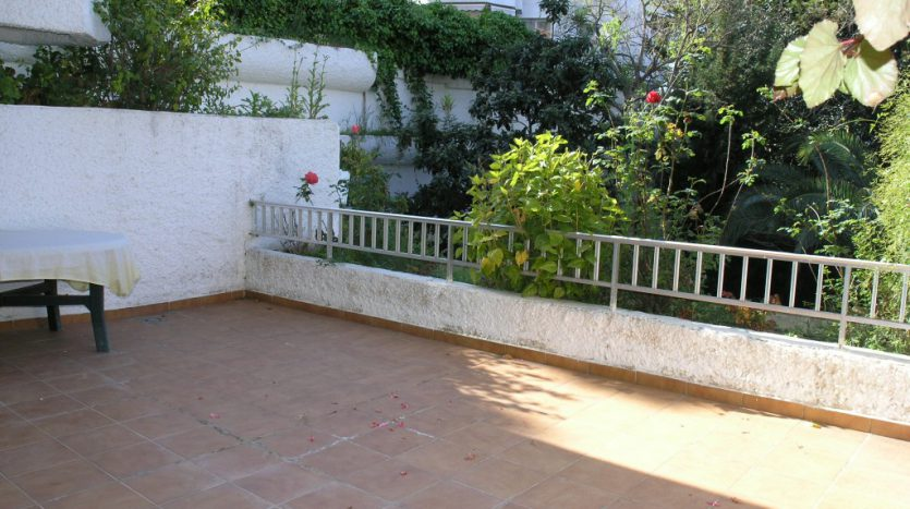 Apartment in Marbella - image P4013036-835x467 on https://www.laconchaliving.com
