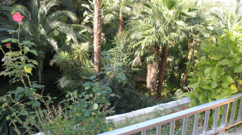 Apartment in Marbella - image P4013037-835x467 on https://www.laconchaliving.com