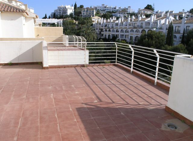 Penthouse in Riviera del Sol - image P4088767-Small-640x467 on https://www.laconchaliving.com
