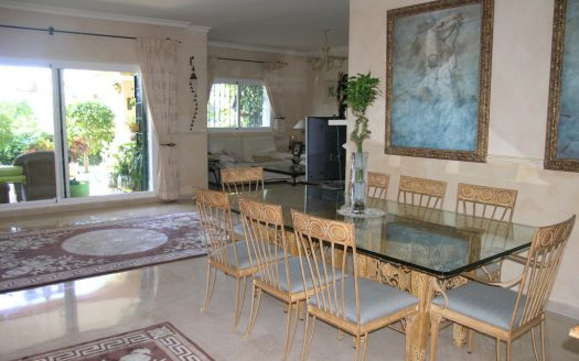 Detached Villa Estepona - image PB185379-525x328 on https://www.laconchaliving.com
