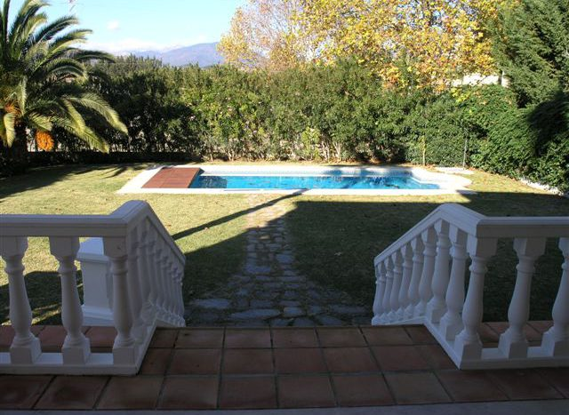 Townhouse in Nagueles - image PB292969-640x467 on https://www.laconchaliving.com