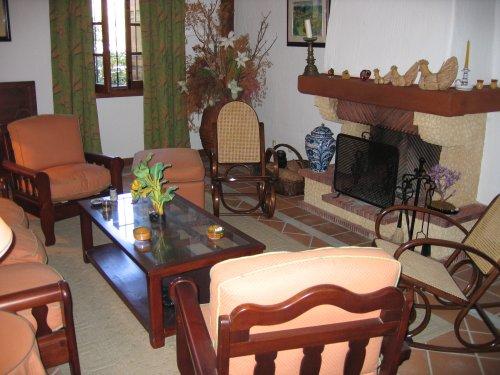 Villa in Benahavis - image R2 on https://www.laconchaliving.com