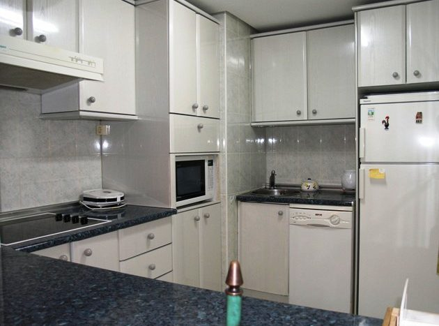 Apartment in Marbella - image R4-2-630x467 on https://www.laconchaliving.com