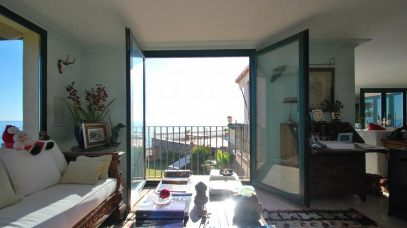 Beachfront Villa with a history - image Villa-La-Torre-6-835x467 on https://www.laconchaliving.com