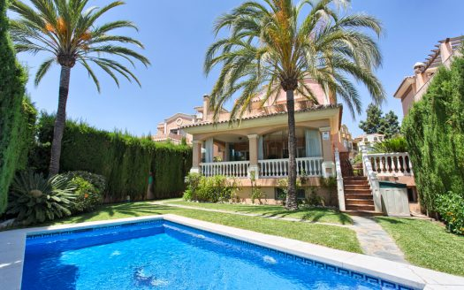 Beachfront Villa with a history - image Villa-for-sale-in-Marbella-1-525x328 on https://www.laconchaliving.com