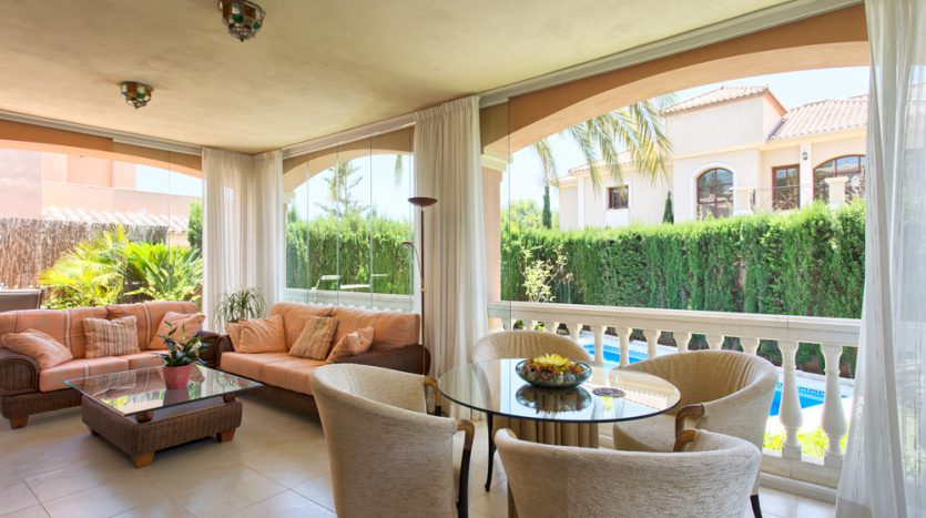 Вилла в центре Марбельи - image Villa-for-sale-in-Marbella-5-835x467 on https://www.laconchaliving.com