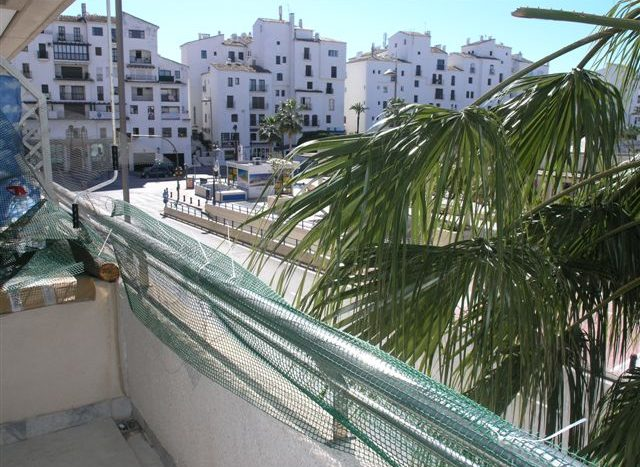 Apartment in Puerto Banus - image main-2-2-640x467 on https://www.laconchaliving.com
