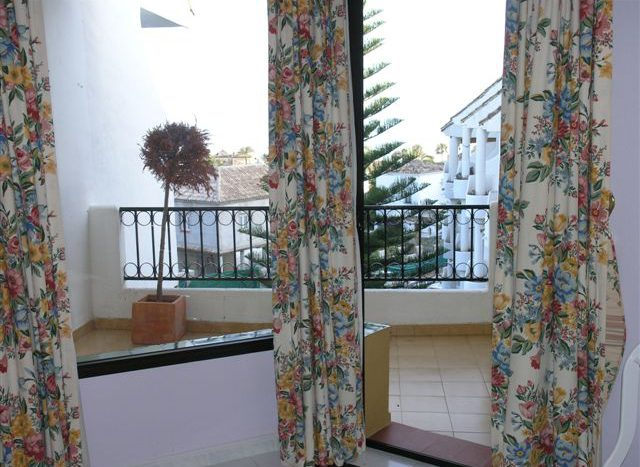 Apartment at 100 meters from the beach - image n6-2-640x467 on https://www.laconchaliving.com