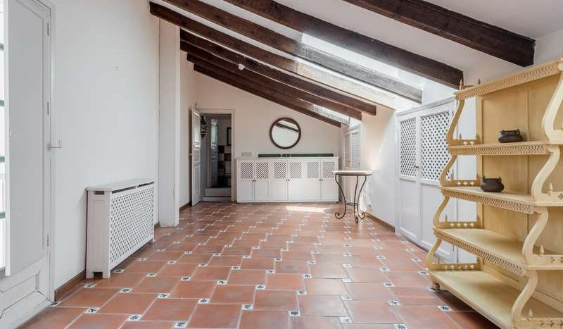 Town House in Marbella - La Virginia - image Town-House-for-sale-in-La-Virginia-Marbella-Golden-Mile-9-800x467 on https://www.laconchaliving.com